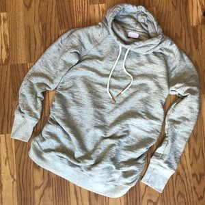 Isabel maternity cozy cute gray sweatshirt size M